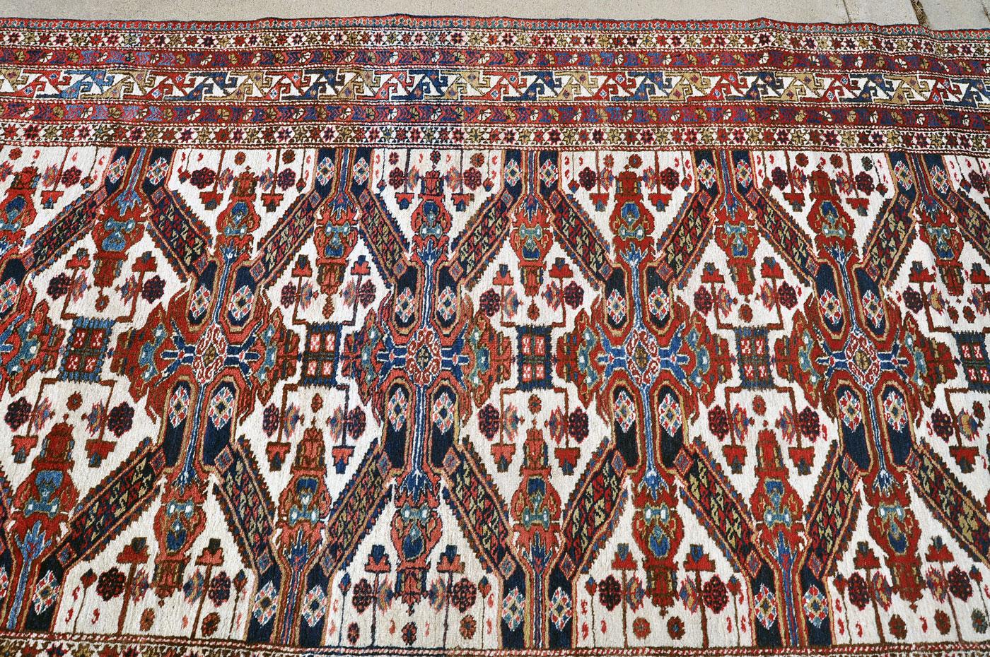 Zeichour Caucasian Carpet