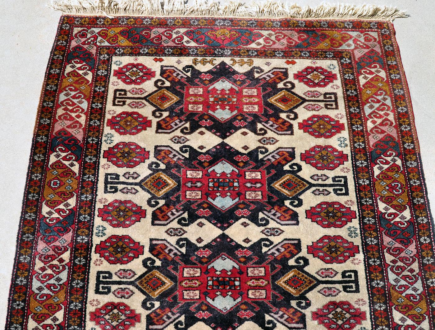 Leshgi Star Caucasian rug